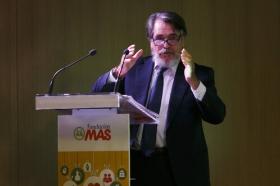 """Presentación de la VII campaña '100.000 kilos de ilusión', de la Fundación MAS, en la Fundación Cajasol (3) • <a style=""""font-size:0.8em;"""" href=""""http://www.flickr.com/photos/129072575@N05/31244130730/"""" target=""""_blank"""">View on Flickr</a>"""