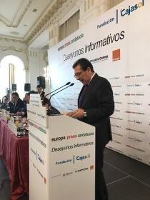 "Desayuno Informativo de Europa Press con Elías Bendodo (13) • <a style=""font-size:0.8em;"" href=""http://www.flickr.com/photos/129072575@N05/32233723142/"" target=""_blank"">View on Flickr</a>"