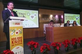 """Presentación de la VII campaña '100.000 kilos de ilusión', de la Fundación MAS, en la Fundación Cajasol (10) • <a style=""""font-size:0.8em;"""" href=""""http://www.flickr.com/photos/129072575@N05/31616810435/"""" target=""""_blank"""">View on Flickr</a>"""