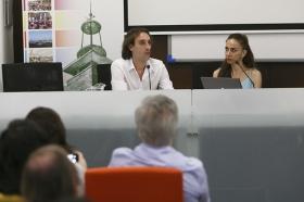 """Clausura del curso 'El compás del tiempo del baile Flamenco' de la Universidad Pablo de Olavide (15) • <a style=""""font-size:0.8em;"""" href=""""http://www.flickr.com/photos/129072575@N05/19729391398/"""" target=""""_blank"""">View on Flickr</a>"""