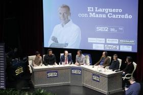 "Programa 'El Larguero' desde la Fundación Cajasol en Sevilla (16) • <a style=""font-size:0.8em;"" href=""http://www.flickr.com/photos/129072575@N05/32233631063/"" target=""_blank"">View on Flickr</a>"