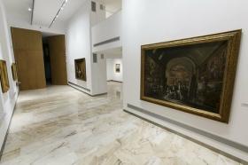 "Sala de exposiciones 'Murillo' de la Fundación Cajasol (15) • <a style=""font-size:0.8em;"" href=""http://www.flickr.com/photos/129072575@N05/22539689256/"" target=""_blank"">View on Flickr</a>"