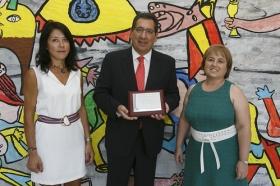 """Visita de la Fundación Cajasol al colegio de Educación Especial de la Macarena (11) • <a style=""""font-size:0.8em;"""" href=""""http://www.flickr.com/photos/129072575@N05/21944026208/"""" target=""""_blank"""">View on Flickr</a>"""