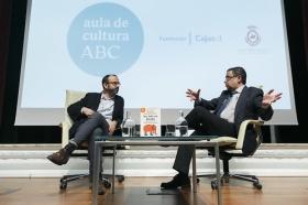 "Aula Cultura ABC de Sevilla: Rafael Santandreu (6) • <a style=""font-size:0.8em;"" href=""http://www.flickr.com/photos/129072575@N05/31491047362/"" target=""_blank"">View on Flickr</a>"