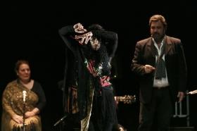 """Jueves Flamencos de la Fundación Cajasol en Sevilla: Amador Rojas y Carmen Ledesma (30) • <a style=""""font-size:0.8em;"""" href=""""http://www.flickr.com/photos/129072575@N05/40256630564/"""" target=""""_blank"""">View on Flickr</a>"""