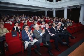 """Presentación del libro del Pregón de Semana Santa de Sevilla 2018 en la Fundación Cajasol (15) • <a style=""""font-size:0.8em;"""" href=""""http://www.flickr.com/photos/129072575@N05/40864701612/"""" target=""""_blank"""">View on Flickr</a>"""