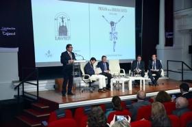 """Presentación del libro del Pregón de Semana Santa de Sevilla 2018 en la Fundación Cajasol (3) • <a style=""""font-size:0.8em;"""" href=""""http://www.flickr.com/photos/129072575@N05/26034127807/"""" target=""""_blank"""">View on Flickr</a>"""