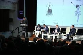 """Presentación del libro del Pregón de Semana Santa de Sevilla 2018 en la Fundación Cajasol (12) • <a style=""""font-size:0.8em;"""" href=""""http://www.flickr.com/photos/129072575@N05/40198210494/"""" target=""""_blank"""">View on Flickr</a>"""