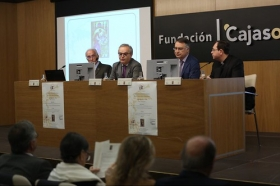 "V Jornadas Scriptorium Isidori Hispalensis en la Fundación Cajasol (7) • <a style=""font-size:0.8em;"" href=""http://www.flickr.com/photos/129072575@N05/40796743412/"" target=""_blank"">View on Flickr</a>"