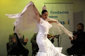 "XXXIII ciclo Conocer el Flamenco en Córdoba: Pilar Astola • <a style=""font-size:0.8em;"" href=""http://www.flickr.com/photos/129072575@N05/41215743362/"" target=""_blank"">View on Flickr</a>"