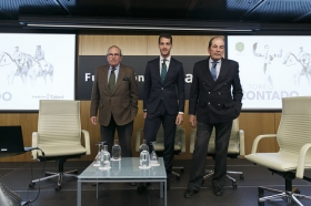 "'El Toreo Contado': Pepe Moral, Eduardo y Antonio Miura (15) • <a style=""font-size:0.8em;"" href=""http://www.flickr.com/photos/129072575@N05/40893355262/"" target=""_blank"">View on Flickr</a>"