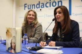 """Presentación del libro 'Teresa. La mujer' en la Fundación Cajasol (Cádiz) (2) • <a style=""""font-size:0.8em;"""" href=""""http://www.flickr.com/photos/129072575@N05/25145004345/"""" target=""""_blank"""">View on Flickr</a>"""
