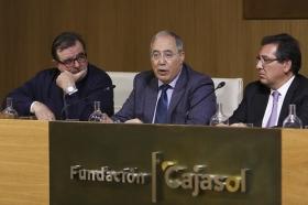 """Presentación del libro 'Cataluña y el absolutismo borbónico' (5) • <a style=""""font-size:0.8em;"""" href=""""http://www.flickr.com/photos/129072575@N05/25418650570/"""" target=""""_blank"""">View on Flickr</a>"""
