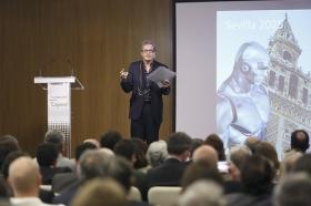 "Presentación del estudio 'Visión Sevilla 2015' (12) • <a style=""font-size:0.8em;"" href=""http://www.flickr.com/photos/129072575@N05/26104698316/"" target=""_blank"">View on Flickr</a>"