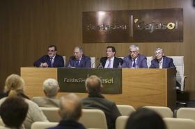 """Presentación del libro 'Cataluña y el absolutismo borbónico' (10) • <a style=""""font-size:0.8em;"""" href=""""http://www.flickr.com/photos/129072575@N05/25418651860/"""" target=""""_blank"""">View on Flickr</a>"""