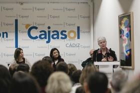 "Conferencia de Inger Enkvist en la Fundación Cajasol (Cádiz) (8) • <a style=""font-size:0.8em;"" href=""http://www.flickr.com/photos/129072575@N05/24514422252/"" target=""_blank"">View on Flickr</a>"