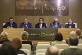 """Presentación del libro 'Cataluña y el absolutismo borbónico' (4) • <a style=""""font-size:0.8em;"""" href=""""http://www.flickr.com/photos/129072575@N05/25624329991/"""" target=""""_blank"""">View on Flickr</a>"""