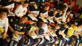 """Programa educativo 'Del Cádiz CF al cole' en el colegio Amor de Dios (11) • <a style=""""font-size:0.8em;"""" href=""""http://www.flickr.com/photos/129072575@N05/26278765636/"""" target=""""_blank"""">View on Flickr</a>"""