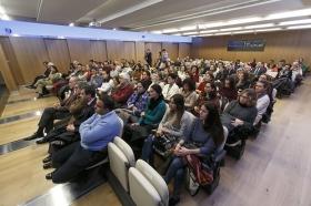 """Conferencia de Inger Enkvist en la Fundación Cajasol (Sevilla) (7) • <a style=""""font-size:0.8em;"""" href=""""http://www.flickr.com/photos/129072575@N05/24015309794/"""" target=""""_blank"""">View on Flickr</a>"""