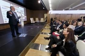 "Conferencia de Miguel Arias Cañete en la Fundación Cajasol (14) • <a style=""font-size:0.8em;"" href=""http://www.flickr.com/photos/129072575@N05/24514417032/"" target=""_blank"">View on Flickr</a>"