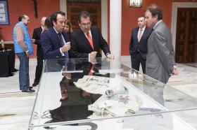 """Exposición 'El Toro de Osborne: Icono del diseño español' (6) • <a style=""""font-size:0.8em;"""" href=""""http://www.flickr.com/photos/129072575@N05/26358719346/"""" target=""""_blank"""">View on Flickr</a>"""