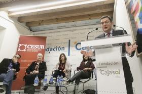 "Conferencia de Inger Enkvist en la Fundación Cajasol (Cádiz) (12) • <a style=""font-size:0.8em;"" href=""http://www.flickr.com/photos/129072575@N05/23995970823/"" target=""_blank"">View on Flickr</a>"