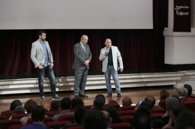 "Preestreno del cortometraje 'Candela' (3) • <a style=""font-size:0.8em;"" href=""http://www.flickr.com/photos/129072575@N05/26195745632/"" target=""_blank"">View on Flickr</a>"