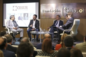 "Conferencia de Francois Nuyts en la Fundación Cajasol (8) • <a style=""font-size:0.8em;"" href=""http://www.flickr.com/photos/129072575@N05/26679666036/"" target=""_blank"">View on Flickr</a>"