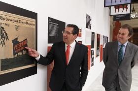 """Exposición 'El Toro de Osborne: Icono del diseño español' (10) • <a style=""""font-size:0.8em;"""" href=""""http://www.flickr.com/photos/129072575@N05/25781868793/"""" target=""""_blank"""">View on Flickr</a>"""