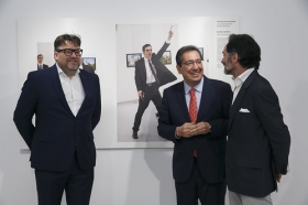 "Exposición World Press Photo 2017 en la Fundación Cajasol (21) • <a style=""font-size:0.8em;"" href=""http://www.flickr.com/photos/129072575@N05/34360720526/"" target=""_blank"">View on Flickr</a>"