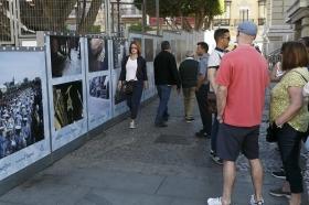 "IV Muestra de fotografías vineladas en la Semana Santa de Sevilla • <a style=""font-size:0.8em;"" href=""http://www.flickr.com/photos/129072575@N05/33146223584/"" target=""_blank"">View on Flickr</a>"