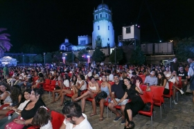 "Noche de la Fundación Cajasol en Open Star Sevilla (5) • <a style=""font-size:0.8em;"" href=""http://www.flickr.com/photos/129072575@N05/19891765696/"" target=""_blank"">View on Flickr</a>"