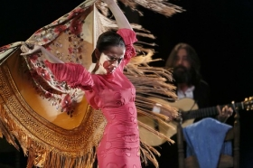 "Jueves Flamencos de la Fundación Cajasol: Isabel Bayón (37) • <a style=""font-size:0.8em;"" href=""http://www.flickr.com/photos/129072575@N05/33769081874/"" target=""_blank"">View on Flickr</a>"