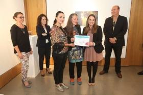 """Entrega de los II premios 'El Arte y los Patios Cordobeses' en la Fundación Cajasol (10) • <a style=""""font-size:0.8em;"""" href=""""http://www.flickr.com/photos/129072575@N05/34416803572/"""" target=""""_blank"""">View on Flickr</a>"""