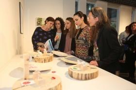 """Entrega de los II premios 'El Arte y los Patios Cordobeses' en la Fundación Cajasol (9) • <a style=""""font-size:0.8em;"""" href=""""http://www.flickr.com/photos/129072575@N05/34192469170/"""" target=""""_blank"""">View on Flickr</a>"""