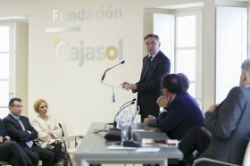 """Encuentro de Embajadores en la Fundación Cajasol: Yuri Korchagin (8) • <a style=""""font-size:0.8em;"""" href=""""http://www.flickr.com/photos/129072575@N05/34360715156/"""" target=""""_blank"""">View on Flickr</a>"""