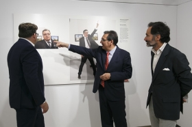 "Exposición World Press Photo 2017 en la Fundación Cajasol • <a style=""font-size:0.8em;"" href=""http://www.flickr.com/photos/129072575@N05/34402399785/"" target=""_blank"">View on Flickr</a>"