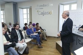 """Encuentros Formativos para Padres y Educadores en la Fundación Cajasol (15) • <a style=""""font-size:0.8em;"""" href=""""http://www.flickr.com/photos/129072575@N05/34450150342/"""" target=""""_blank"""">View on Flickr</a>"""