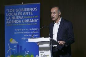 """Jornada 'Los Gobiernos Locales ante la Nueva Agenda Urbana' en la Fundación Cajasol (5) • <a style=""""font-size:0.8em;"""" href=""""http://www.flickr.com/photos/129072575@N05/34738116822/"""" target=""""_blank"""">View on Flickr</a>"""