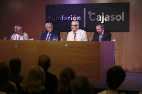 "Foro Andaluz Nueva Sociedad: 'Cataluña en la encrucijada' (6) • <a style=""font-size:0.8em;"" href=""http://www.flickr.com/photos/129072575@N05/35313199011/"" target=""_blank"">View on Flickr</a>"