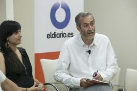 """Presentación de la revista nº16 de eldiario.es 'La ciudad civilizada' en la Fundación Cajasol (9) • <a style=""""font-size:0.8em;"""" href=""""http://www.flickr.com/photos/129072575@N05/34235694683/"""" target=""""_blank"""">View on Flickr</a>"""
