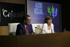 """Entrega de los III Premios 'El Audiovisual en la Escuela' en la Fundación Cajasol (20) • <a style=""""font-size:0.8em;"""" href=""""http://www.flickr.com/photos/129072575@N05/35439979475/"""" target=""""_blank"""">View on Flickr</a>"""