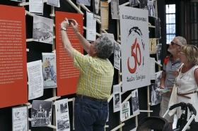 """Exposición 'El compromiso de un pueblo. 50 años de Teatro Lebrijano' en la Fundación Cajasol (11) • <a style=""""font-size:0.8em;"""" href=""""http://www.flickr.com/photos/129072575@N05/34748764351/"""" target=""""_blank"""">View on Flickr</a>"""