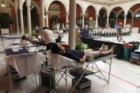 """Maratón de Donación de Sangre en Fundación Cajasol (4) • <a style=""""font-size:0.8em;"""" href=""""http://www.flickr.com/photos/129072575@N05/35260518786/"""" target=""""_blank"""">View on Flickr</a>"""