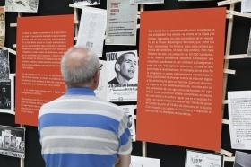 """Exposición 'El compromiso de un pueblo. 50 años de Teatro Lebrijano' en la Fundación Cajasol (7) • <a style=""""font-size:0.8em;"""" href=""""http://www.flickr.com/photos/129072575@N05/34748763731/"""" target=""""_blank"""">View on Flickr</a>"""