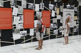 """Exposición 'El compromiso de un pueblo. 50 años de Teatro Lebrijano' en la Fundación Cajasol (9) • <a style=""""font-size:0.8em;"""" href=""""http://www.flickr.com/photos/129072575@N05/34748764061/"""" target=""""_blank"""">View on Flickr</a>"""