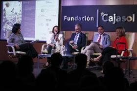 """Inauguración del Festival de Cortos y Salud Mental 2017 en la Fundación Cajasol (5) • <a style=""""font-size:0.8em;"""" href=""""http://www.flickr.com/photos/129072575@N05/33994689734/"""" target=""""_blank"""">View on Flickr</a>"""