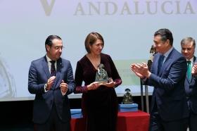 """Entrega de los V Premios Menina en la Fundación Cajasol (19) • <a style=""""font-size:0.8em;"""" href=""""http://www.flickr.com/photos/129072575@N05/38550018652/"""" target=""""_blank"""">View on Flickr</a>"""