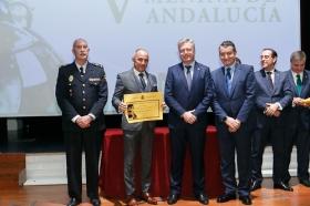 """Entrega de los V Premios Menina en la Fundación Cajasol (13) • <a style=""""font-size:0.8em;"""" href=""""http://www.flickr.com/photos/129072575@N05/37865449434/"""" target=""""_blank"""">View on Flickr</a>"""