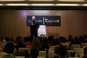"""Presentación del libro 'Cuentos clásicos para conocerse mejor', de Jorge Bucay (7) • <a style=""""font-size:0.8em;"""" href=""""http://www.flickr.com/photos/129072575@N05/37588593514/"""" target=""""_blank"""">View on Flickr</a>"""
